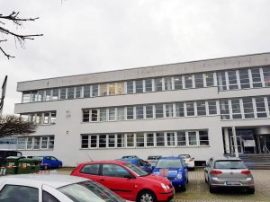 Ettlingen / Carl-Zeiss-Straße 2